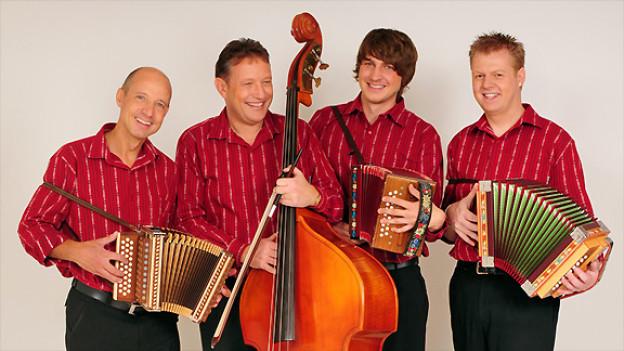 Christian Freiburghaus, Stefan Schwarz, Christian Wyss und Marcel Zumbrunn (v.l.n.r.) als «Schabernack».