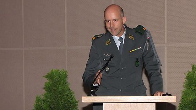 Major Philipp Wagner am 24. Oktober 2012 bei seiner Rede anlässlich der Kommandoübergabe im Kleemuseum Bern.