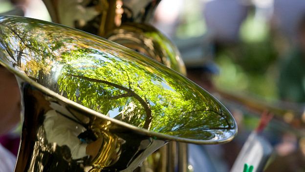 In der «Fiirabigmusig» sind ausschliesslich Originalkompositionen für Blasmusikformationen zu hören.
