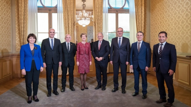 Fotos des aktuellen Bundesrates im Bundeshaus in Bern