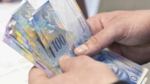 Viele Aargauer Gemeinden nehmen zu wenig Steuern ein – der Druck für Fusionen wächst.