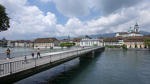 Die Solothurnerinnen und Solothurner zeigen sich fusionswillig.
