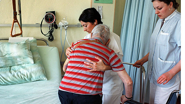 Im Aargau mangelt es an Pflegepersonal.