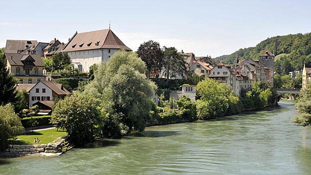 Der Stadtrat von Brugg will Asylsuchende vor zu viel Lärm schützen. Zumindest offiziell.