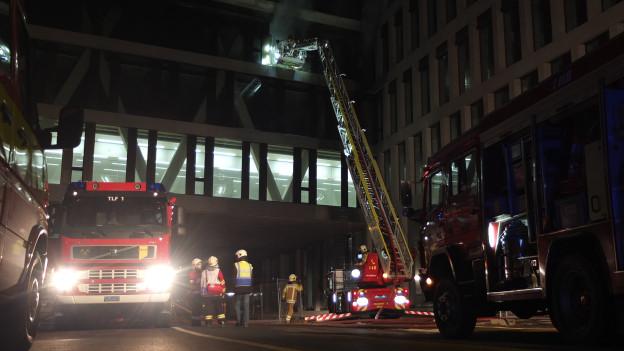Beim Brand im Neubau des Campus Brugg-Windisch kam niemand ums Leben, dafür entstand grosser Sachschaden.