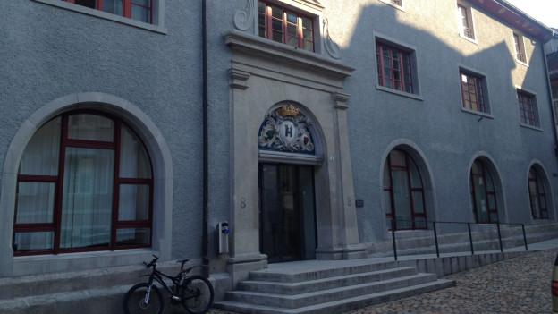 Das Bezirksgericht Brugg fällte am späten Abend seinen Entscheid: Der Täter muss für 20 Jahre hinter Gitter.