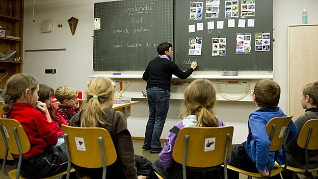 Mehr sparen, auch in der Volksschule? Weniger Kontrollen, weniger Kosten, findet der Solothurner Kantonsrat.