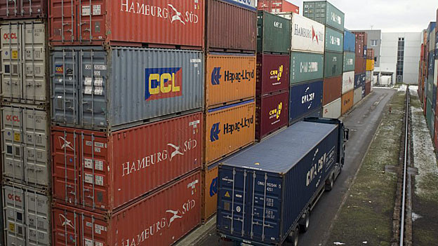 Geht es nach der Firma Swissterminal, wird der riesige Container-Umschlagplatz statt im Limmattal in Rekingen gebaut.