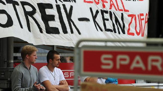 Der Streik in der Spar-Filiale in Baden-Dättwil geht weiter.