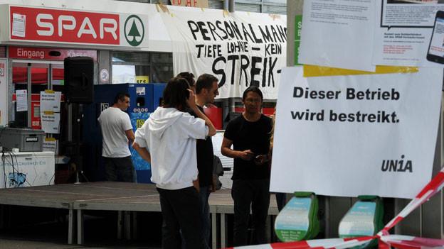 Weil sich Spar und Unia nicht einigen konnten, geht der Streik in Baden-Dättwil weiter.