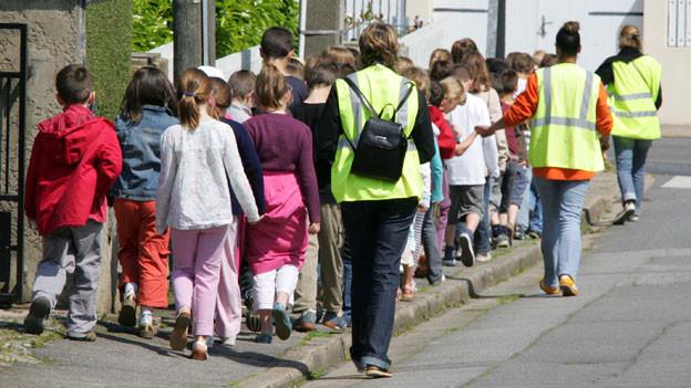 Aufgrund der jüngsten Ereignisse gehen Aargauer Lehrer mit einem mulmigen Gefühl auf Schulausflüge (Symbolbild).