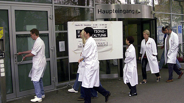 Grosse Unterschiede bei den Löhnen gibt es auch bei der Belegschaft des Kantonsspitals Aarau.