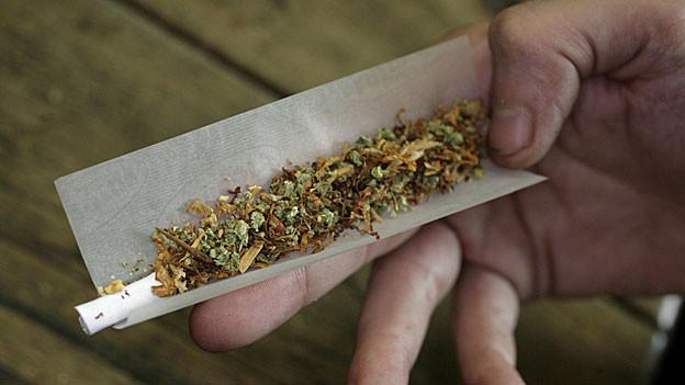 Die Aargauer Suchtberatung verzeichnet 2013 einen deutlichen Anstieg bei den Beratungen wegen Cannabis-Konsum.