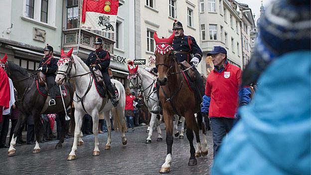 Die berittene Artilleriemusik Solothurn am Olma-Festumzug in St. Gallen.