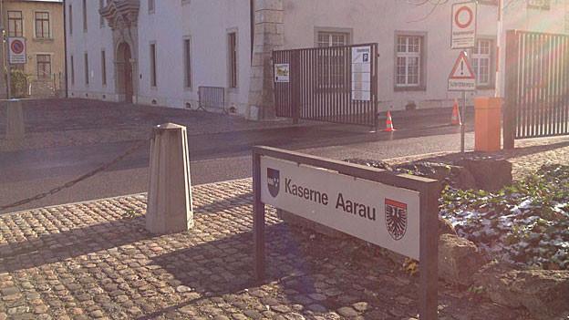 Zivilisten statt Soldaten fordern Aarauer Einwohnerräte