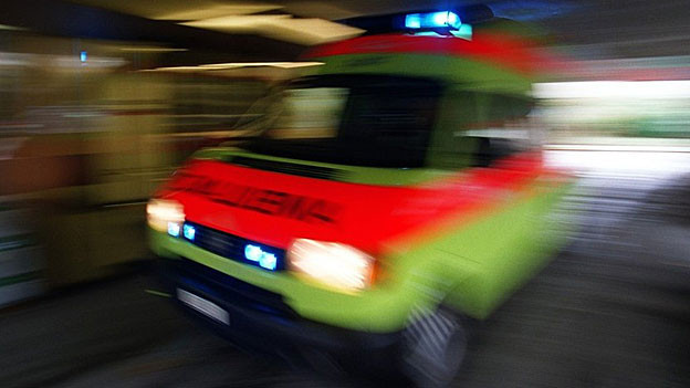 Das Unfallopfer liegt schwer verletzt im Spital.