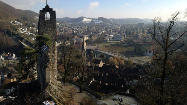 Blick von der Ruine Stein auf die Altstadt von Baden... Die Harmonie zwischen Politik und Bevölkerung ist getrübt.