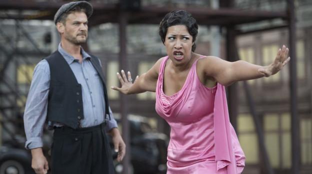 «Il Trovatore» lockte 2013 knapp 17'000 Zuschauer an. Künstlerischer Leiter der Oper ist Peter Bernhard, links im Bild.
