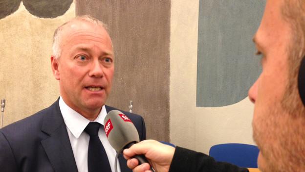 Stadtpräsident Martin Wey erklärte das neuste Sparpaket.