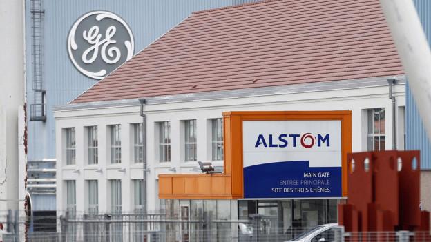Blick auf die beiden Werke von General Electric und Alstom in Belfort.
