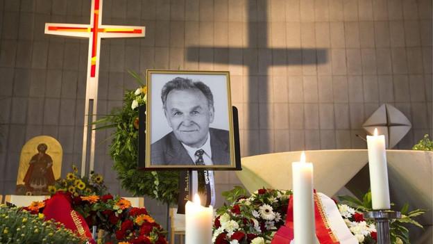 Die Präsentation für einen Platz zum Gedenken an Otto Stich verzögert sich erneut