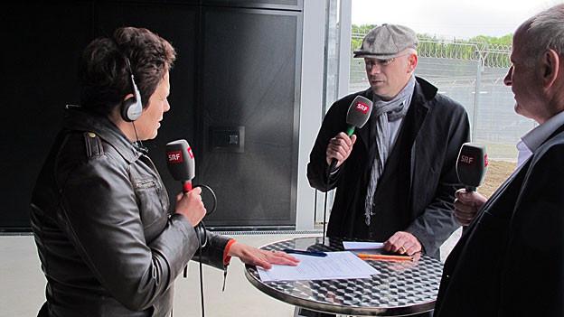 Wo ab Juli Sträflinge wohnen, sind jetzt die Journalisten: Der Kanton Solothurn öffnet die neue Justizvollzugsanstalt in Deitingen am Montag für die Medien. Das Regionaljournal ist vor Ort, spricht in mehreren Live-Schaltungen unter anderem mit den Zuständigen, mit einem Insassen und mit Betreuern.