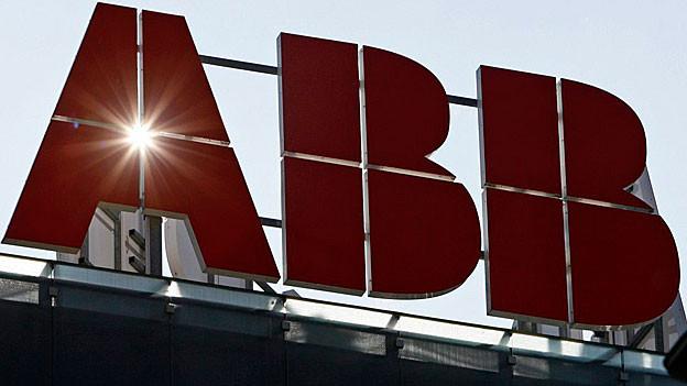 Die ABB Schweiz prüft Stellenabbau für Produktionsstätte für Mühlenantriebe in Kleindöttingen.
