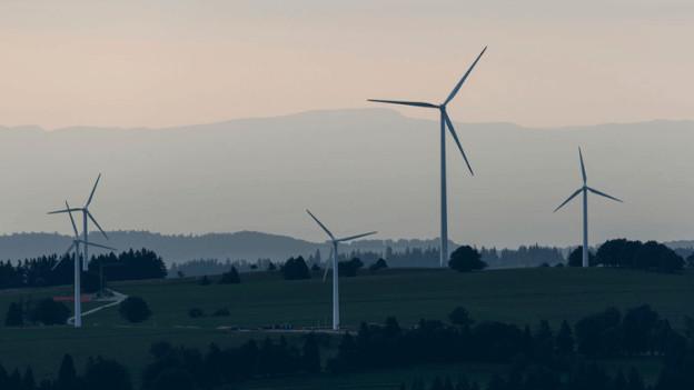 Windkraft nutzen, wie auf dem Mont-Soleil im Berner Jura, das will ein Aargauer Komitee verhindern.