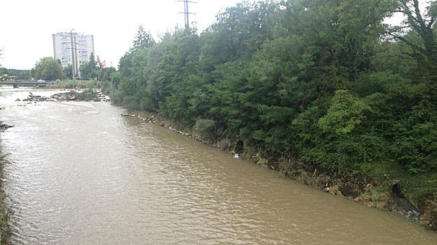 Eine Flutwelle, 3 Meter hoch, wird an der Emme bei Biberist erwartet.