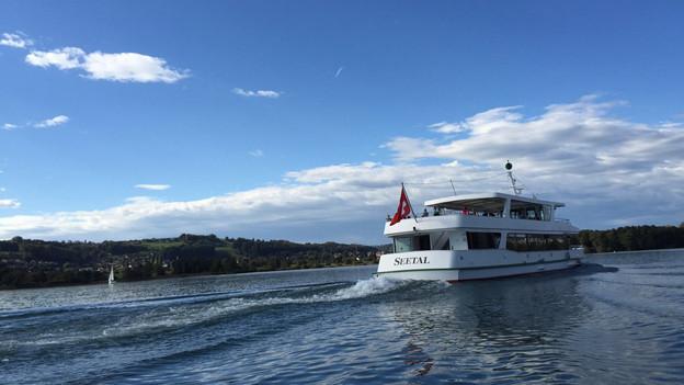 Die MS Seetal unterwegs: Alleine am Sonntag 19. Oktober waren auf dem Hallwilersee 2000 Passagiere per Schiff unterwegs.