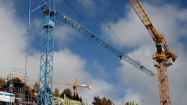Der Bauboom im Kanton Aargau hält an, das Wachstum der Bauinvestitionen wird aber etwas kleiner.