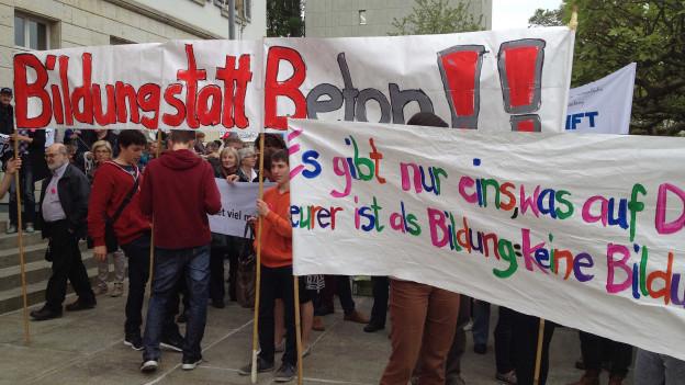 Im Mai demonstrierten Aargauer Lehrer gegen das Sparen
