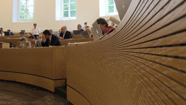 Der Aargauer Grosse Rat spart beim Personalaufwand - dieser soll um zwei Prozent sinken.
