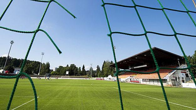 Das alte Stadion Brügglifeld kommt ohne Rasenheizung aus.