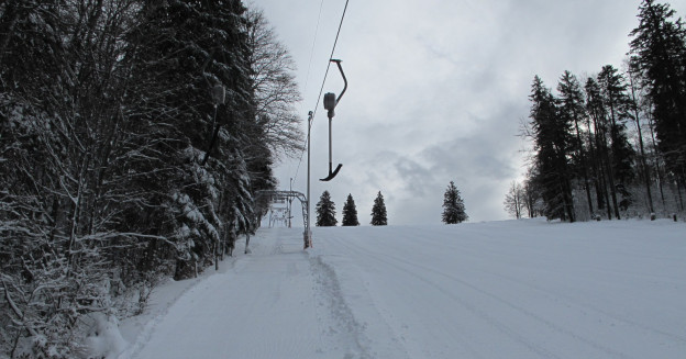 Skilift im Winter