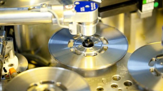 Maschine zum CDs Pressen