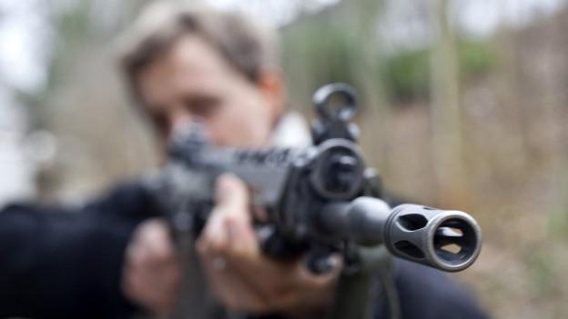 Wer hat mit dem Sturmgewehr auf zwei Personen in Oensingen geschossen? Der Fall gab 2012 viel zu reden und ist jetzt vor Gericht.