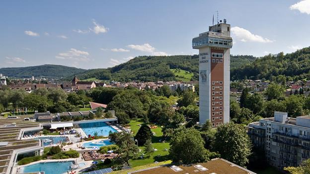 Der Turm des Thermalbads Bad Zurzach soll abgerissen werden.