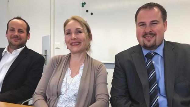Sie sind zuständig für die professionelle Sozialhilfe in Birr: V. l. Alexander Klauz (Gemeindeschreiber), Dora Deppeler (Leiterin Sozialdienst), Tobias Kull (Gemeinderat, Ressort Soziales).