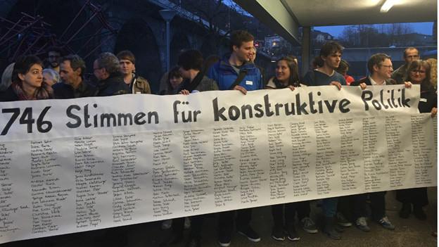 Während der Sitzung demonstrierten mehrere Personen für Geri Müller