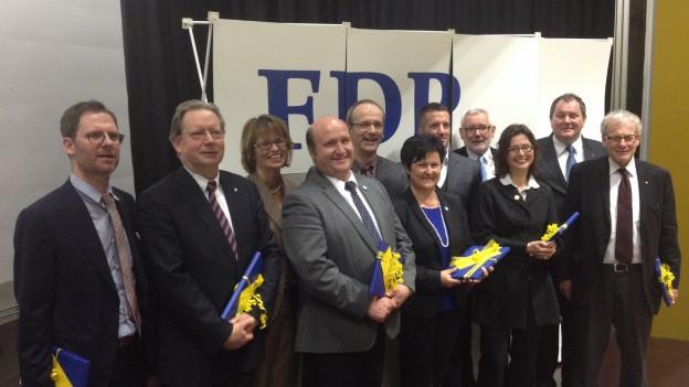 Mit 3 Frauen und 9 Männern will die Solothurner FDP bei den Nationalratswahlen zulegen (ein Kandidat fehlt im Bild).