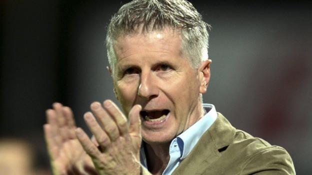 Der 51-jährige Trainer hat schon den FC Lugano in die Superleague gebracht. Nun soll er in Aarau ran.