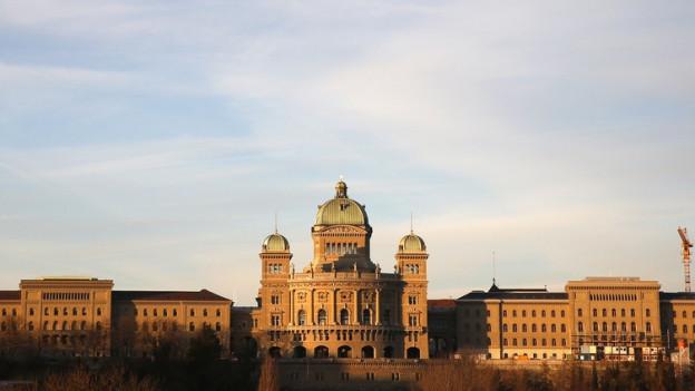 Bundeshaus im Morgenrot