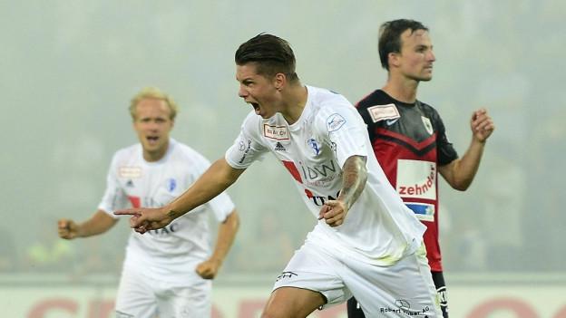Der FC Wohlen freut sich über den 1:1-Ausgleich gegen Aarau fünf Minuten vor Schluss.