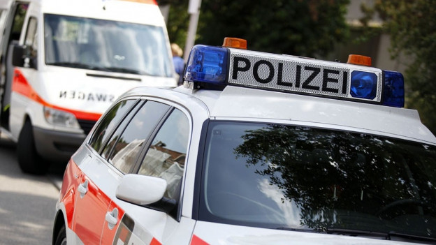 Die Solothurner Polizei fahndet nach der vierköpfigen Familie. Sie könnte bereits im Ausland sein.