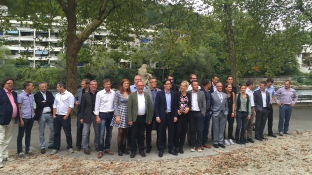Das Organisationskomitee der Badenfahrt 2017 beim künftigen neuen Festgelände an der Limmatpromenade in Baden.