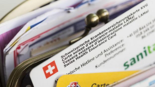 Krankenkassenkarte in einem Geldbeutel