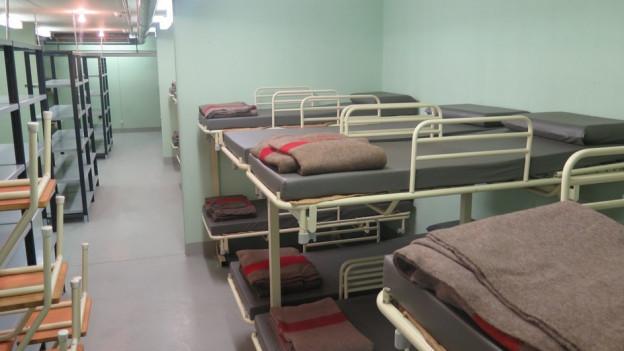Karge Einrichtung: In der geschützten Operationsstelle (Gops) in Baden wohnen seit Mitte August Asylbewerber.