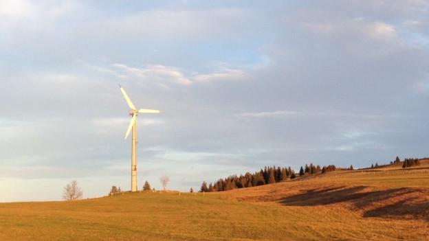 Bestehendes Windrad auf dem Grenchenberg. Es soll durch deutlich grössere Windturbinen ersetzt werden.