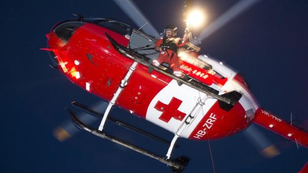 Auf der Suchen nach dem Vermissten in Beinwil SO waren zwei Helikopter im Einsatz.